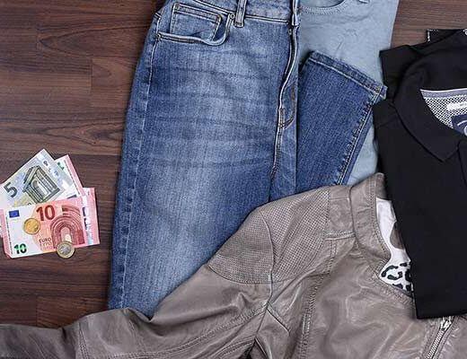 Aus Kleidung Geld machen - so einfach geht's!