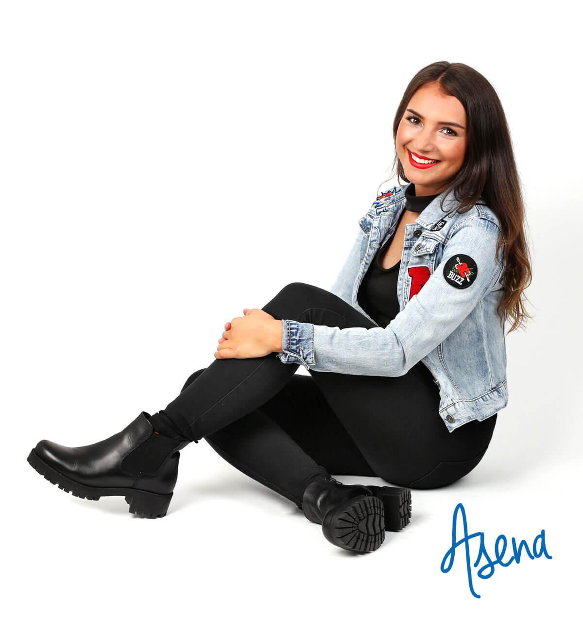 Look Nr. 3: Asena