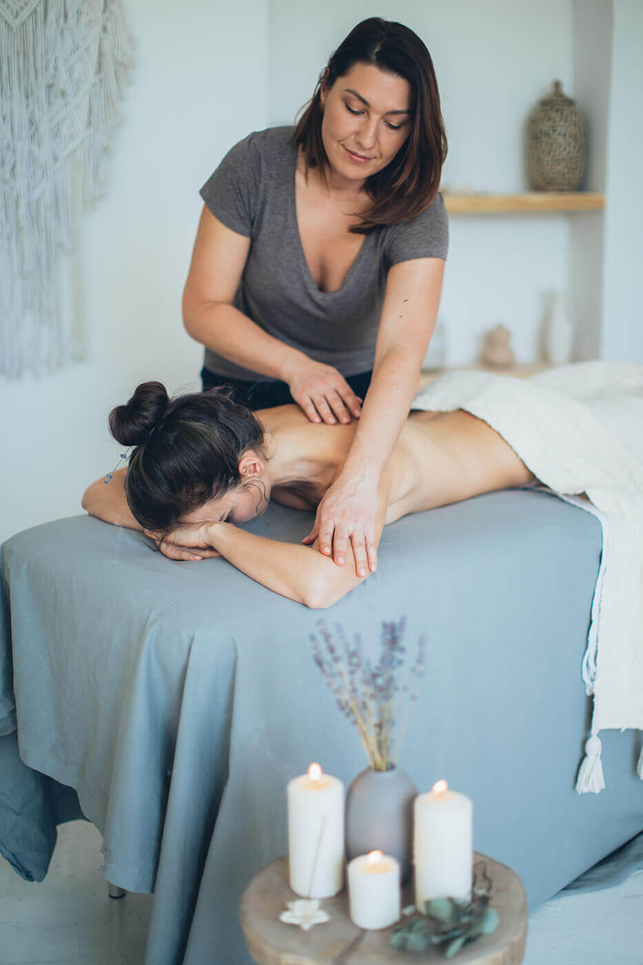 Wellnessmassage Bekleidung