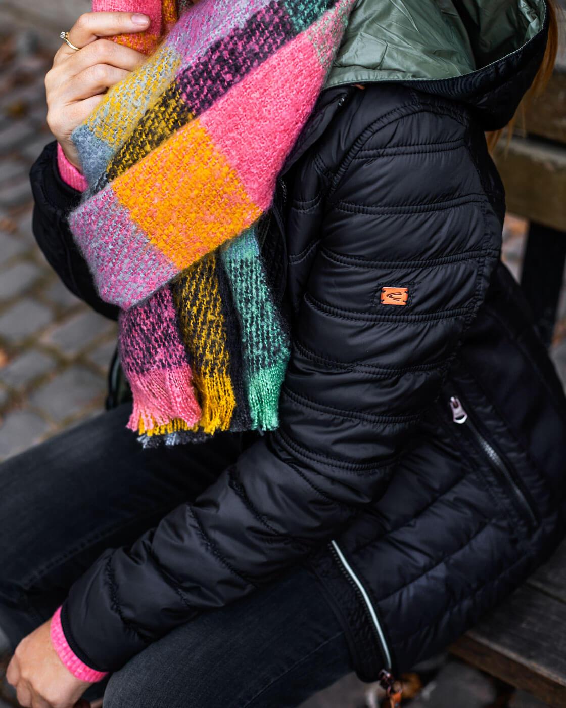 Bunter Schal Winter