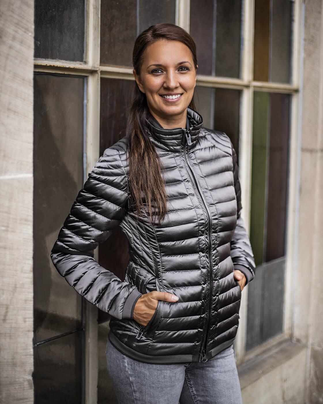 Winterjacke für schlanke Frauen