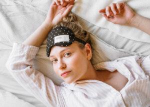 Pyjama-Party in gemütlicher Damenmode